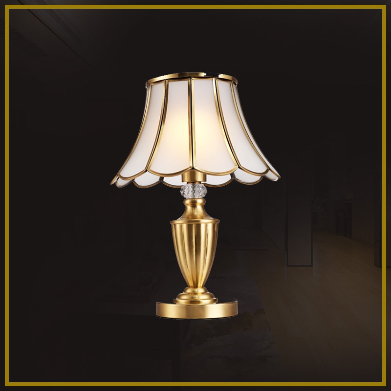 DS -S26 table lamp - all copper