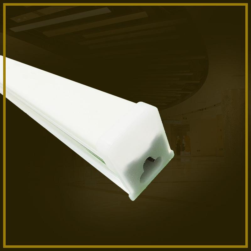 Direct fluorescent lamp guide plate thickness, uniformity, light rate these parameters determine the price of LED fluorescent lamp